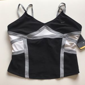 Nike cropped tank with built in bra